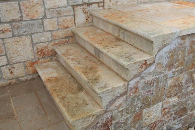 Scale in pietra elementi d 39 arredo - Scale in pietra per esterni ...